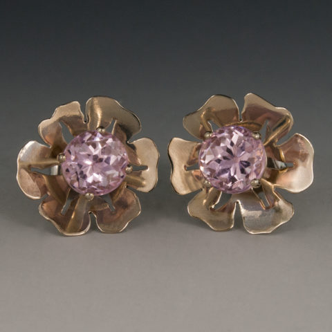 14k White Gold Kunzite Flower Earrings 1 77 Carats 6mm