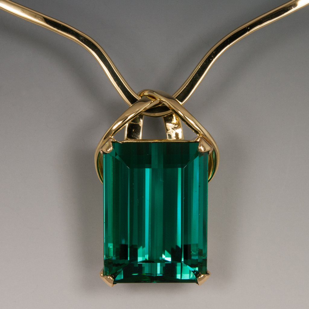 18ky Forged Wire Pendant W 27 40 Carat Blue Green Tourmaline